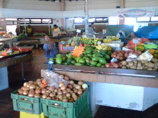 noumea-market1.jpg