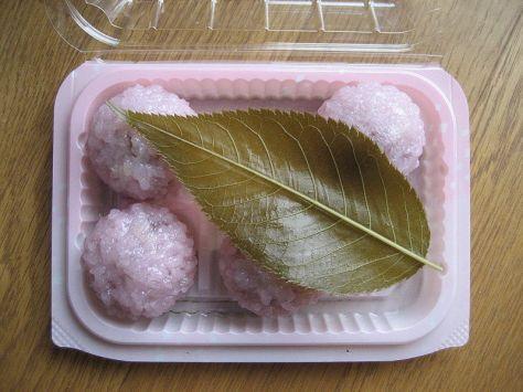 WAGASHI-SAKURA-MOCHI-5