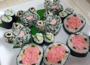 SUSHI-ROLL-DECORATION-2