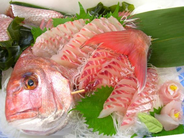 Seasonal fishes 18 tai madai seabream shizuoka sushi for Best sashimi fish