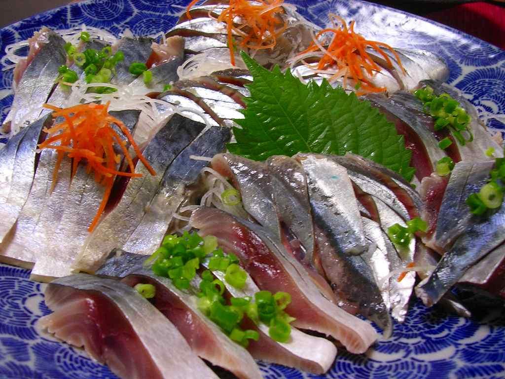 Japanese seasonal fish saba mackerel shizuoka gourmet for Best sashimi fish