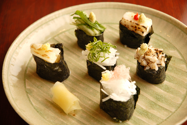 at gunkan sushi senjyu wagyu maki rm39 90 wagyu gunkan wagyu sushi ...