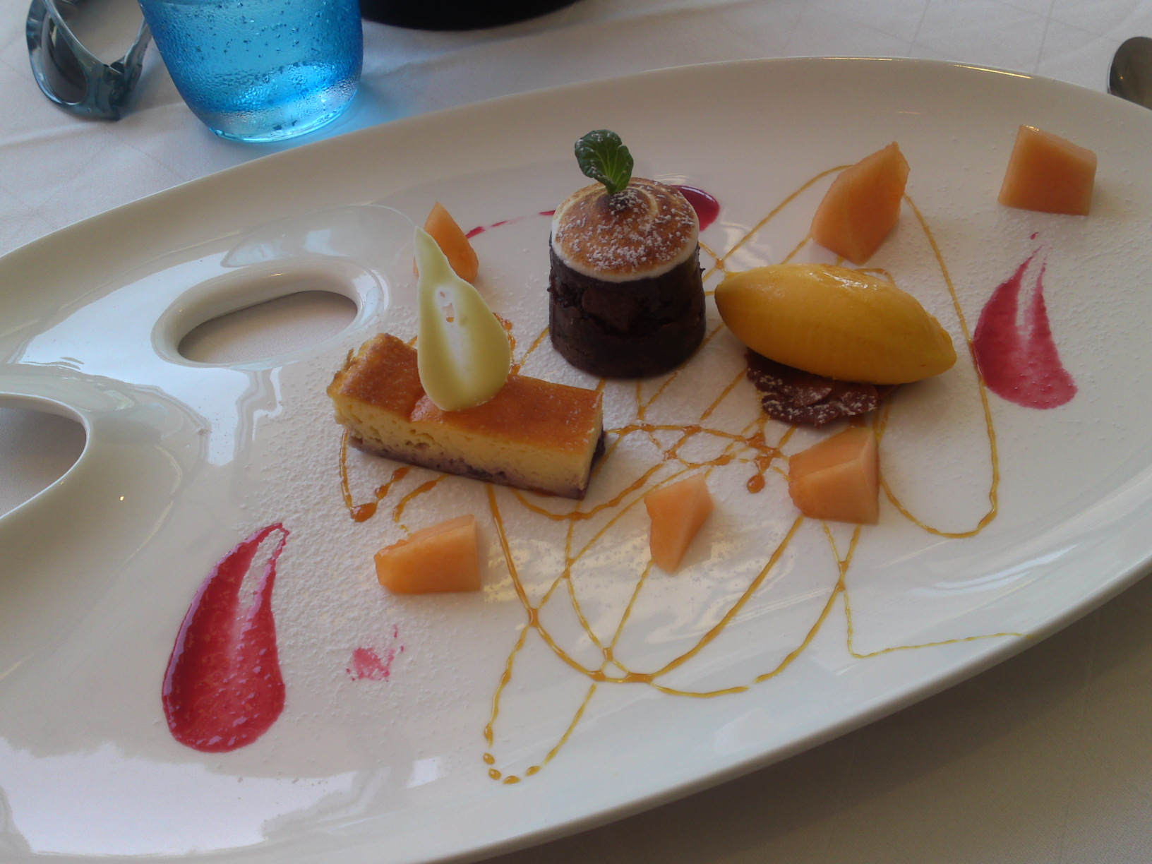 Dessert plate at Orta Naka Ku Hamamtsu City! Blueberry cheese cake chocolate cake and mango ice-cream & My best 10 Desserts in Shizuoka in 2011! | SHIZUOKA GOURMET