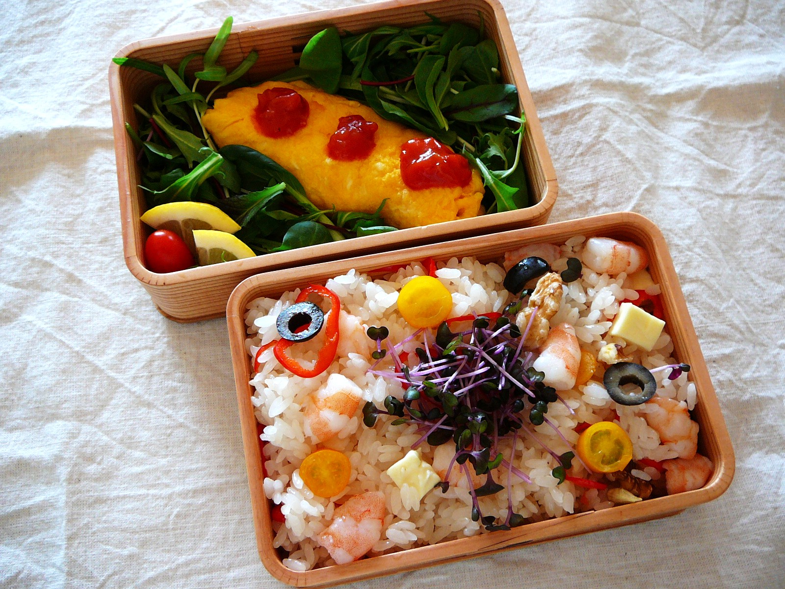 today s bento lunch box 12 10 chirashizushi omelet bento shizuoka gourmet. Black Bedroom Furniture Sets. Home Design Ideas