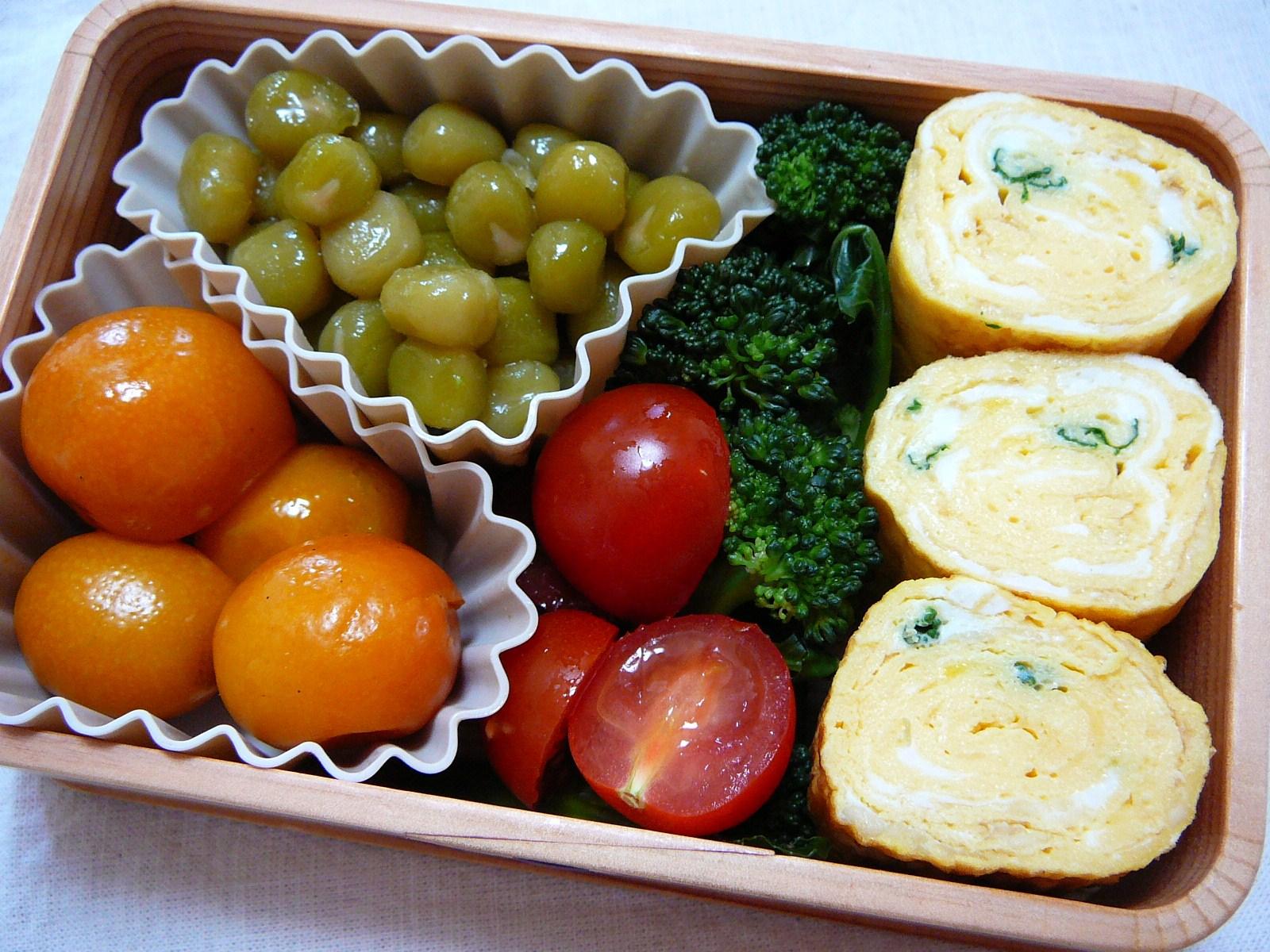 today s bento lunch box 12 16 vegetarian te mari sushi. Black Bedroom Furniture Sets. Home Design Ideas