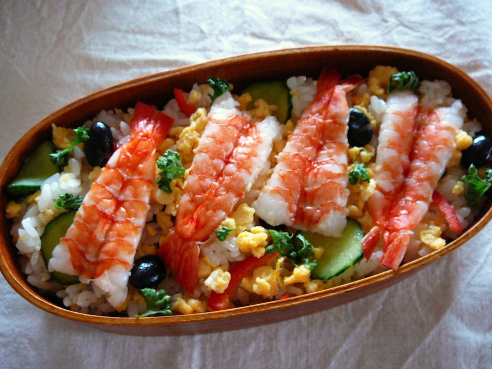 today s bento lunch box 12 20 gucha gucha chirashi sushi bento shizuo. Black Bedroom Furniture Sets. Home Design Ideas