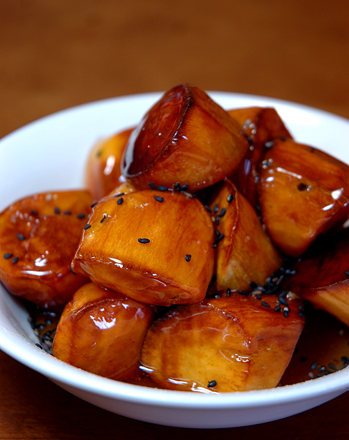 Japanese vegan dessert recipe daigaku imo deep fried sweet potatoes a lot of sweet potatoes are found in the supermarkets these days and as the scholar year second term is starting the japanese young and old alike are forumfinder Images