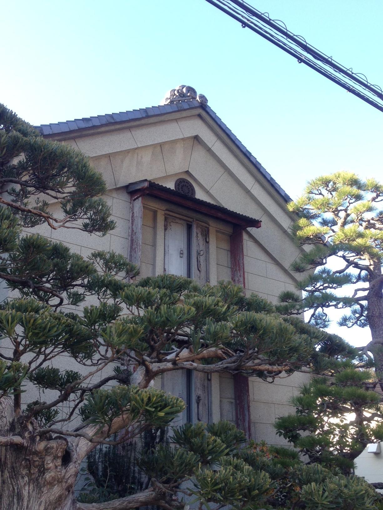 OKABE-9-warehouse-and-pine-trees