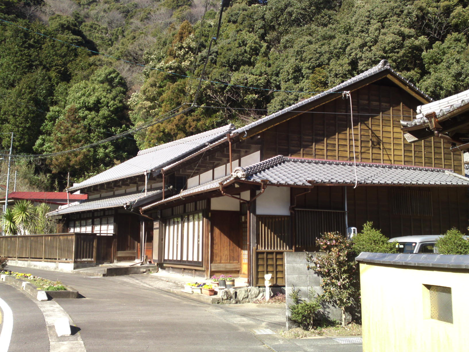 Traditional japanese houses and inns in utsunoya shizuoka city shizuoka pictures - Traditional japanese house ...