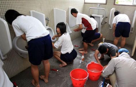 SHOOL-TOILETS-CLEANING