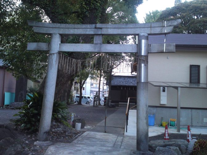 Chikatsu Sengen Shrine (千勝浅間神社) in Shizuoka City!
